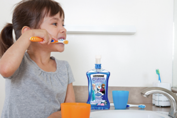 TEETHING: WHAT EVERY PARENT SHOULD KNOW ABOUT ORAL HEALTH
