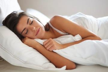 Stop-Grinding-Teeth-in-Sleep-Naturally