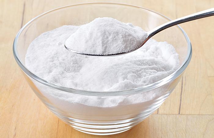 11.-Baking-Soda-And-Aloe-Vera-For-Hair-Growth
